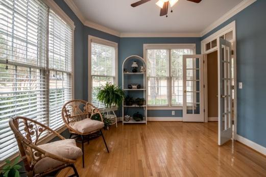 C:UsersKellieDownloadsphoto-of-wooden-chair-near-window-3935348.jpg